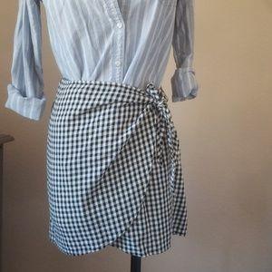 Madewell gingham wrap skirt